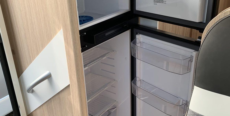 14_Kühlschrank-min